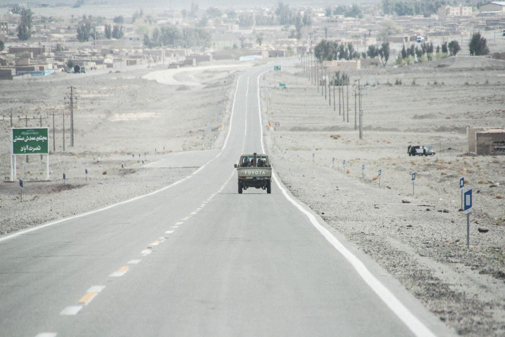 Toyota auf der Landstrasse
