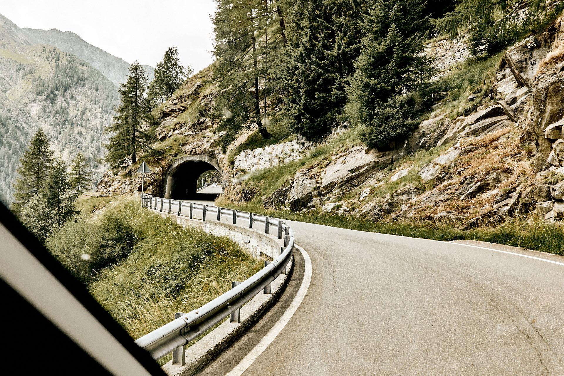 Timmelsjochstraße, einer der befahrbaren Alpenpässe