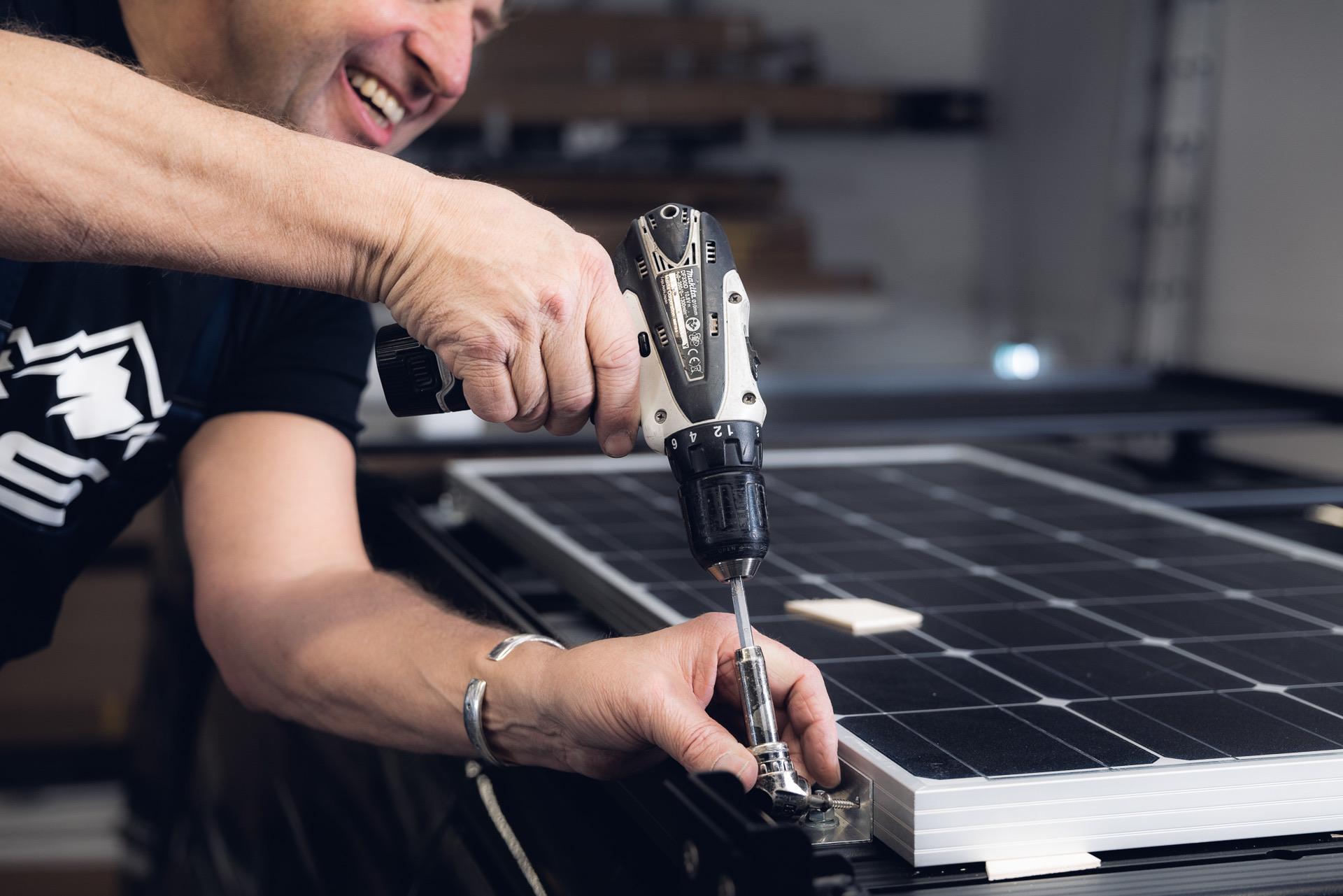 Solar-Panel-Montage