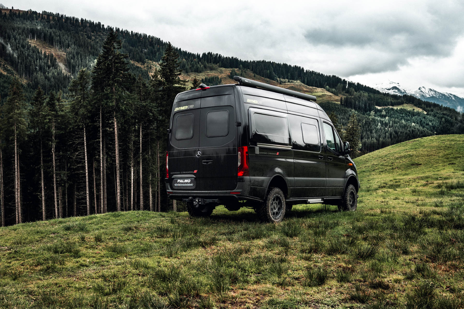 Heckansicht Hymer Grand Canyon S, 4x4, Sprinter 907
